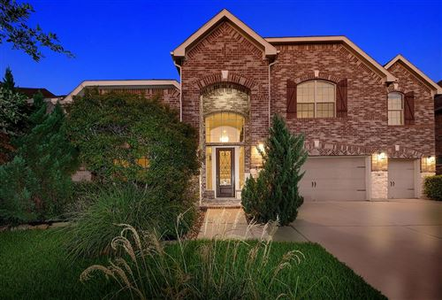 Photo of 18 Prism Point Place, The Woodlands, TX 77389 (MLS # 95538369)