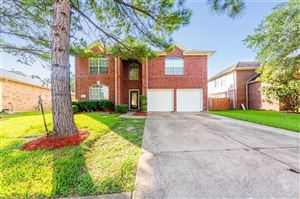 Photo of 2611 Cross Tide Lane, Friendswood, TX 77546 (MLS # 26924370)
