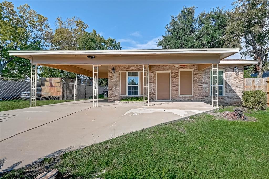 Photo for 5215 N Wayside Drive, Houston, TX 77028 (MLS # 8172370)