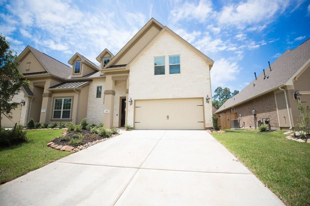 Photo for 140 Silver Sky Street, Conroe, TX 77304 (MLS # 48458371)
