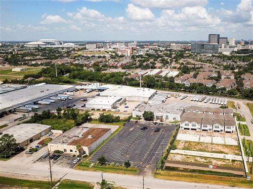 Tiny photo for 2962 Alice Street, Houston, TX 77054 (MLS # 74770375)