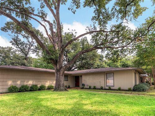 Photo of 5342 Pagewood Lane, Houston, TX 77056 (MLS # 58818377)