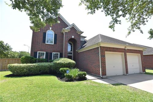 Photo of 2101 Crestwind Court, Pearland, TX 77584 (MLS # 55441383)