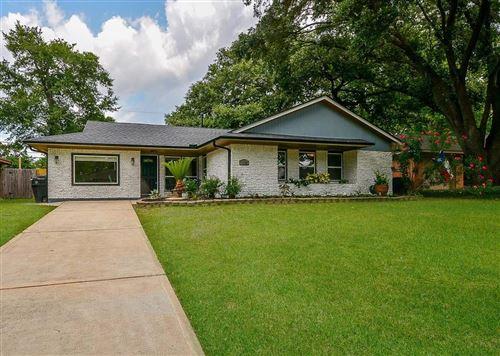 Photo of 1138 STONECREST Drive, Houston, TX 77018 (MLS # 76058384)
