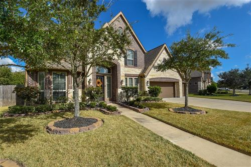 Photo of 12513 Ivy Run Lane, Pearland, TX 77584 (MLS # 76940384)