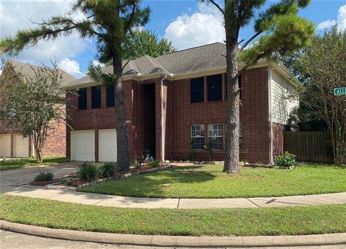 Photo of 10702 Allens Landing Drive, Houston, TX 77065 (MLS # 67532387)