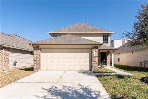 Photo of 2613 Lina Drive, Conroe, TX 77301 (MLS # 30844393)