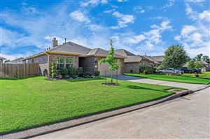 Photo of 221 Country Crossing Circle, Magnolia, TX 77354 (MLS # 41176393)