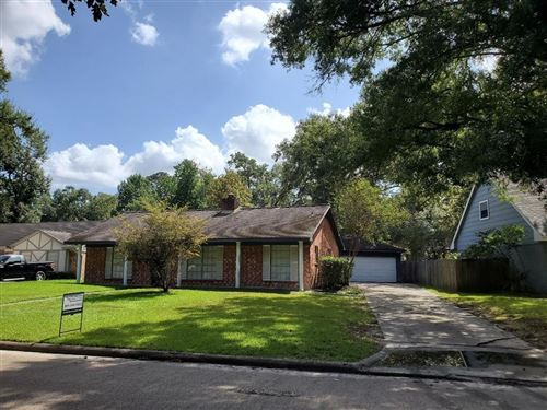 Photo of 3242 Three Pines Drive, Houston, TX 77339 (MLS # 43080393)