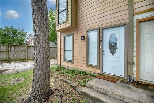 Photo of 1901 Miramar Green Street, Seabrook, TX 77586 (MLS # 82329393)