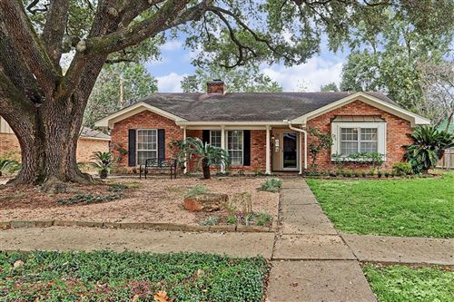 Photo of 1070 Curtin Street, Houston, TX 77018 (MLS # 27753394)