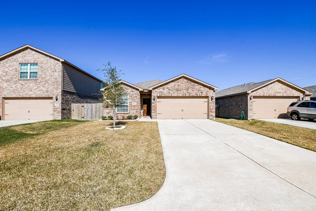 10823 Dover White Dr, Humble, TX 77396 - MLS#: 38993396