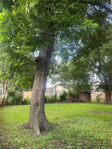 Tiny photo for 3904 Kress Street, Houston, TX 77026 (MLS # 14069401)