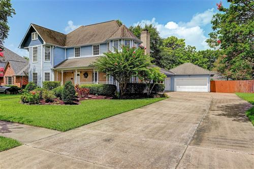 Photo of 1119 LAKE COUNTRY Drive, Seabrook, TX 77586 (MLS # 66037401)