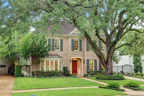 Photo of 2338 Timber Lane, Houston, TX 77027 (MLS # 81078402)