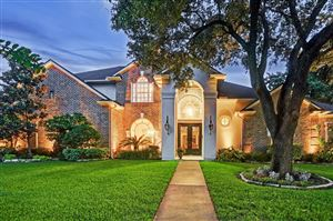 Photo of 5731 Kuldell Drive, Houston, TX 77096 (MLS # 20879404)