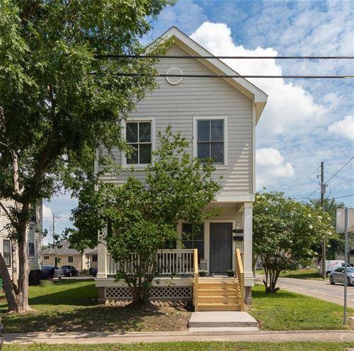 Photo of 1504 Ruthven Street, Houston, TX 77019 (MLS # 2863405)