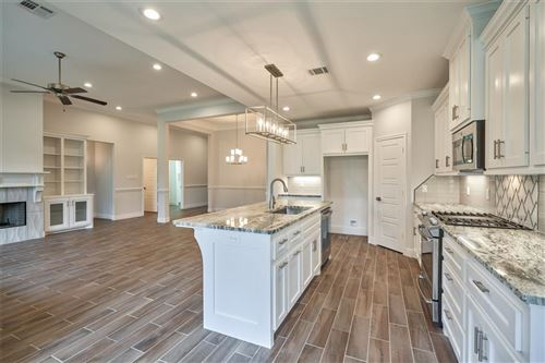 Tiny photo for 3623 Spy Glass Hill Drive, Montgomery, TX 77356 (MLS # 96614409)