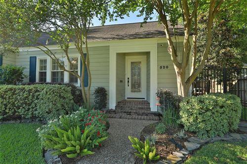 Photo of 520 W 30th Street, Houston, TX 77018 (MLS # 47762410)