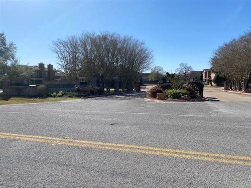 Photo of 18800 Egret Bay Boulevard #1207, Webster, TX 77058 (MLS # 6229411)
