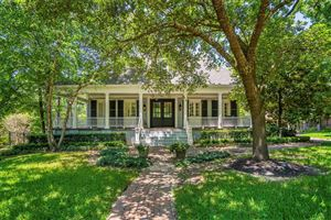 Photo of 23 Tealbriar Circle, The Woodlands, TX 77381 (MLS # 13670412)