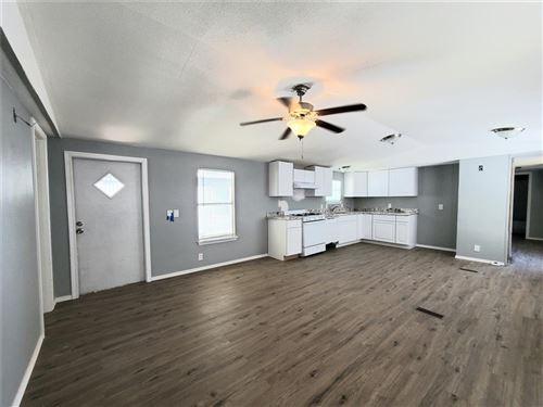 Photo of 401 S Woodson Street #6, Willis, TX 77378 (MLS # 93235412)