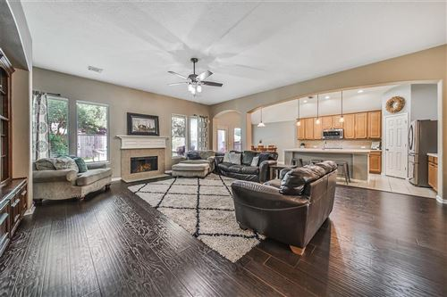 Photo of 13511 Summer Villa Lane, Houston, TX 77044 (MLS # 2593413)