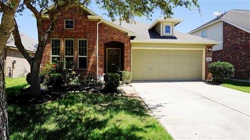 Photo of 2811 Silver Ridge Court, Rosharon, TX 77583 (MLS # 24505414)