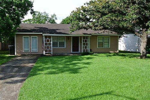 Photo of 1726 Chippendale Road, Houston, TX 77018 (MLS # 42412415)