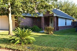 Photo of 108 Snug Harbor, Montgomery, TX 77356 (MLS # 73828418)