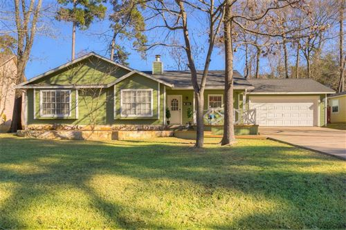 Photo of 224 Clear Water Street, Montgomery, TX 77356 (MLS # 8033419)