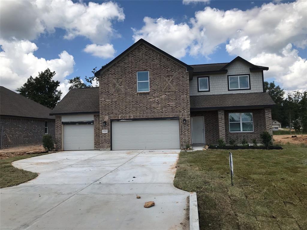 Photo for 12341 N Chestnut Hills Drive, Conroe, TX 77303 (MLS # 21698419)