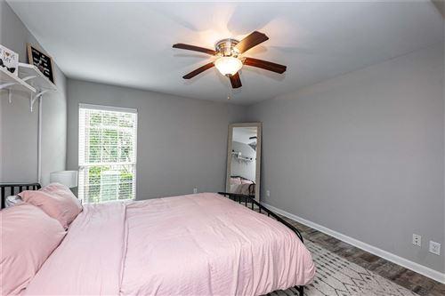 Tiny photo for 1860 White Oak Drive #243, Houston, TX 77009 (MLS # 31221420)