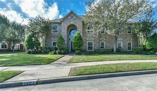 Photo of 1202 Merriewood Drive, Friendswood, TX 77546 (MLS # 58029420)