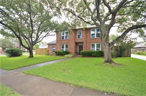 Photo of 401 Windsor Drive, Friendswood, TX 77546 (MLS # 71330421)