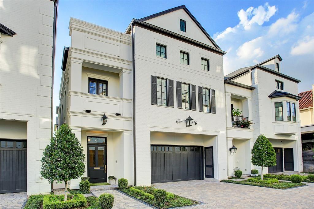 Photo for 5120 Longmont Drive #6, Houston, TX 77056 (MLS # 92569421)