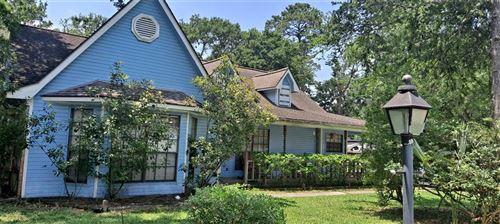 Photo of 26715 Oak Hill Drive, Spring, TX 77386 (MLS # 18530423)