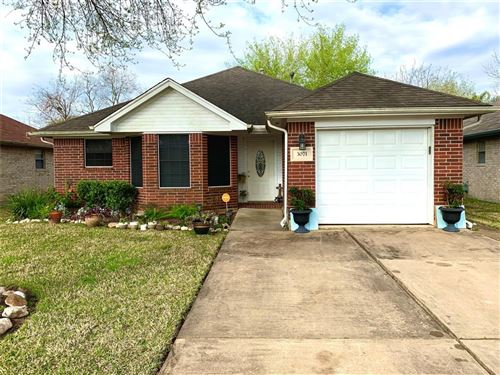 Photo of 3071 Overland Trail, Dickinson, TX 77539 (MLS # 23067423)
