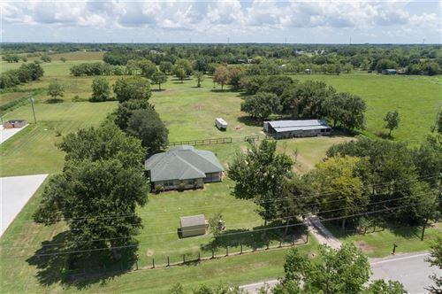 Photo of 1780 County Road 99, Alvin, TX 77511 (MLS # 60550424)