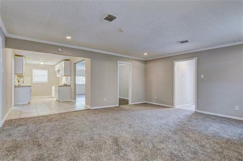 Tiny photo for 5714 Southwind Street, Houston, TX 77033 (MLS # 15912425)