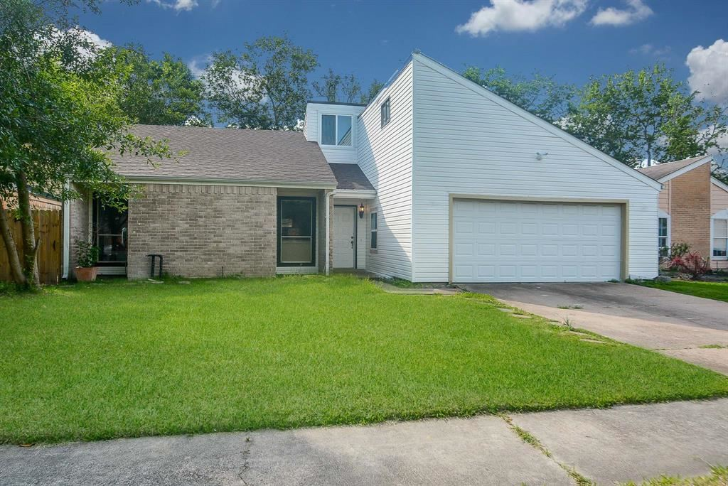 10842 Village Trail Drive, Houston, TX 77065 - MLS#: 57205426