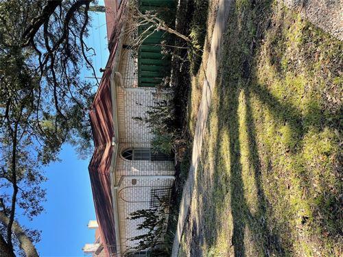 Photo of 1115 Nantucket Drive, Houston, TX 77057 (MLS # 62627431)