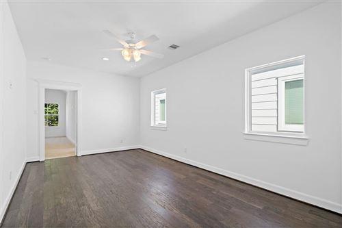 Tiny photo for 821 W 19th Street, Houston, TX 77008 (MLS # 84004431)