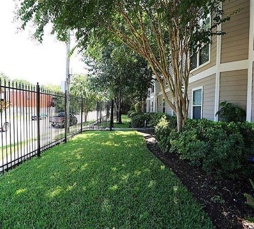 Tiny photo for 1266 W 18th Street, Houston, TX 77008 (MLS # 44796433)