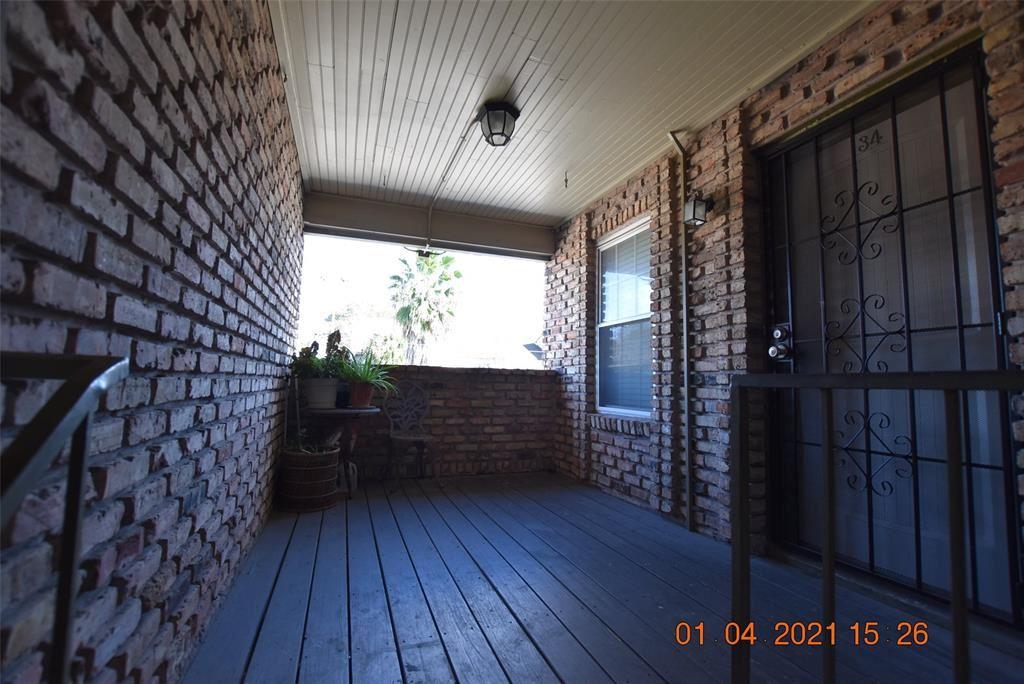 Photo for 6401 Skyline Drive #34, Houston, TX 77057 (MLS # 5624433)