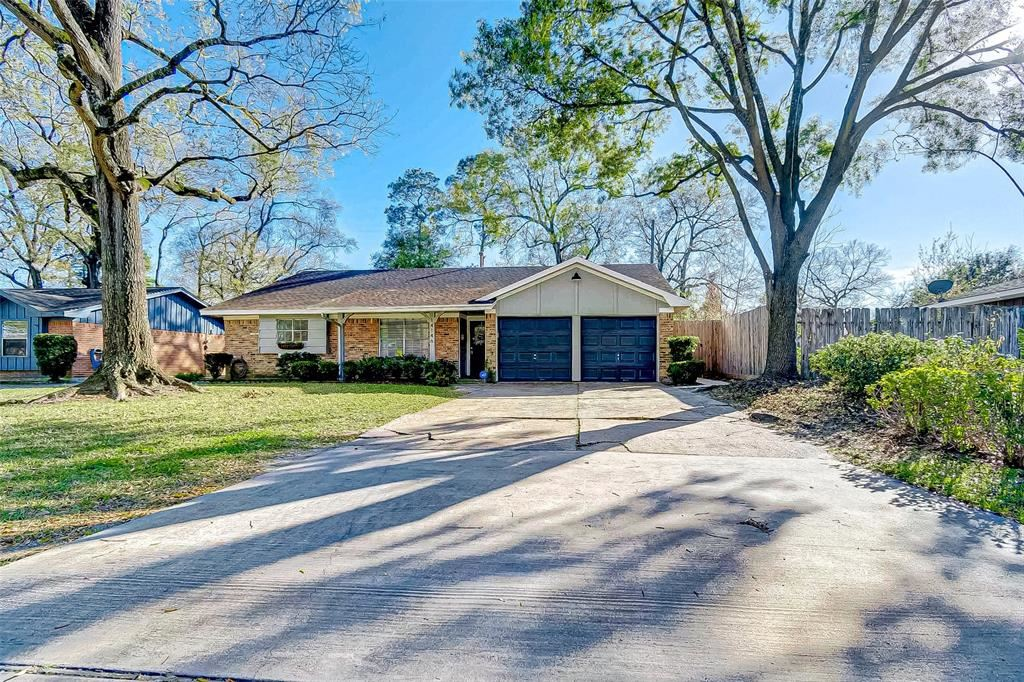 14146 Woodforest Boulevard, Houston, TX 77015 - #: 37119440