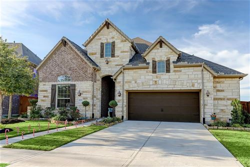 Photo of 10927 Sunnydale Ridge Lane, Cypress, TX 77433 (MLS # 35436444)