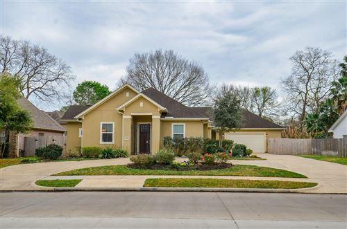 Photo of 1227 Plantation Drive, Richmond, TX 77406 (MLS # 71392453)