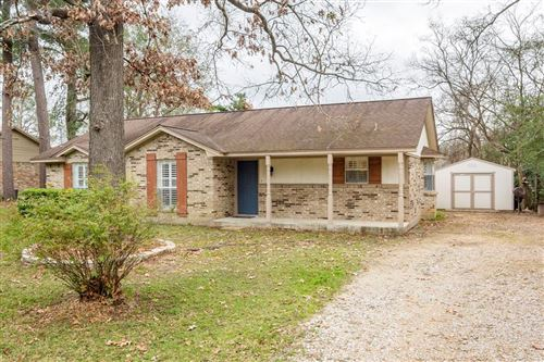 Photo of 11720 S Ridgeway Drive, Willis, TX 77318 (MLS # 12090454)