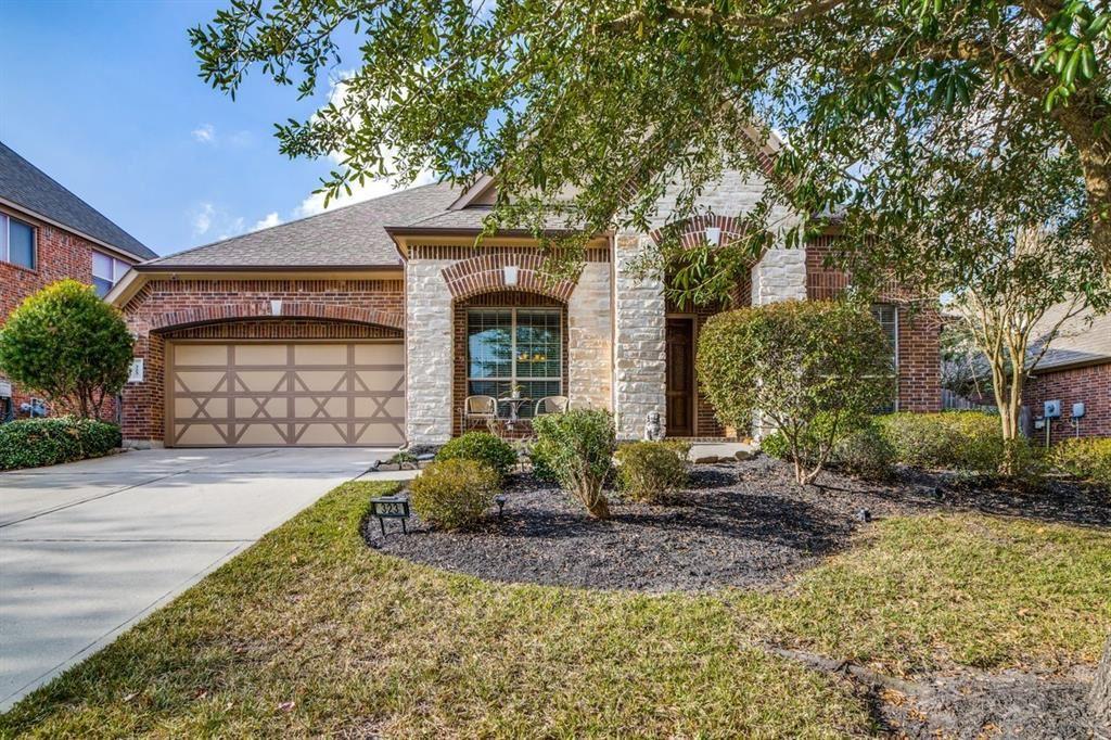 Photo for 323 Arbor Trail Lane, Conroe, TX 77384 (MLS # 67028455)